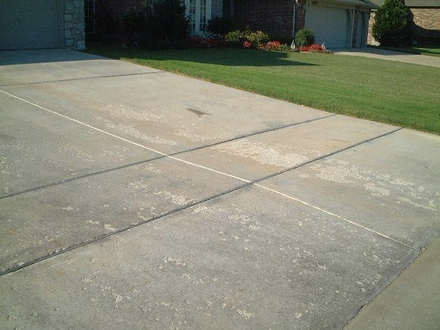 Spalling concrete repair and restoration solutions for New concrete driveway
