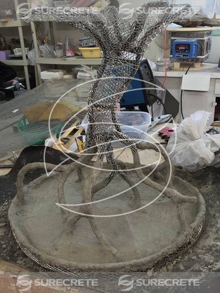 tree table applying concrete casting mix