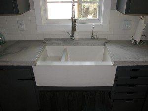 Veined Gray Concrete Kitchen Top