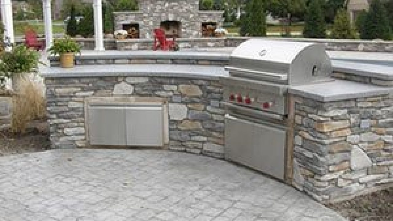 Outdoor Kitchens And Concrete Coutertops