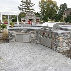 Outdoor Kitchen and Pizza Oven 40  Making a Concrete Countertop
