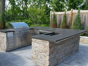 outdoor kitchen concrete bar top